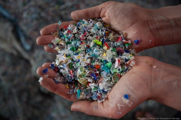 "Conference ""How to combat plastic waste pollution in Europe?"" - 22 mai 2019 București"